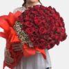 Любов през зимата - букет 101 червени рози