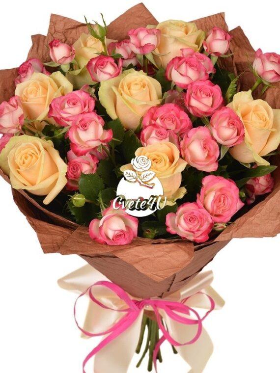 """Букет """"Празник е"""" е прекрасна комбинация от деликатни кремави и розови спрей рози."""