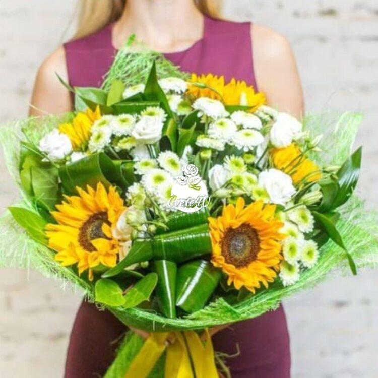 Утринна роса - Летен, красив и пищен букет от свежи цветя, който ще добави топъл щрих във всеки празник.