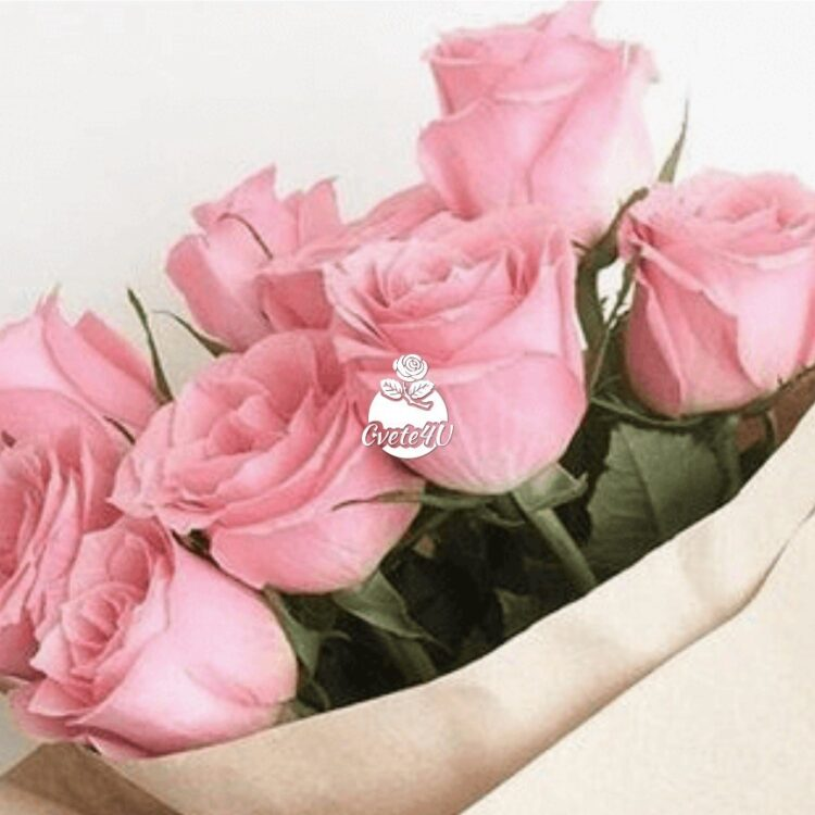 Класически букет от 9 розови рози