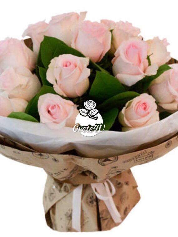 """Букет """"Прима"""" - море от нежност и любов в един букет от розови рози."""